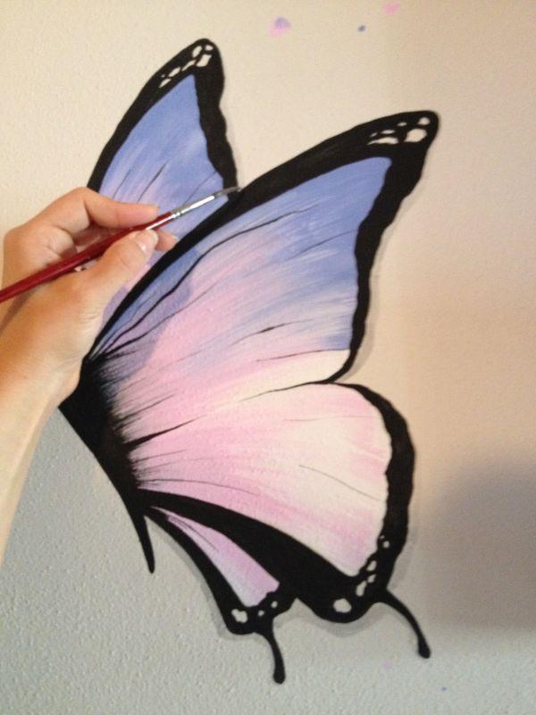 Particolare decorazione eseguita a mano, farfalla